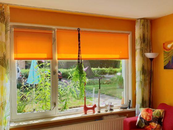 Oranje rolgordijn